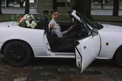 Diese Braut knipst die Bilder ihrer Hochzeit selbst
