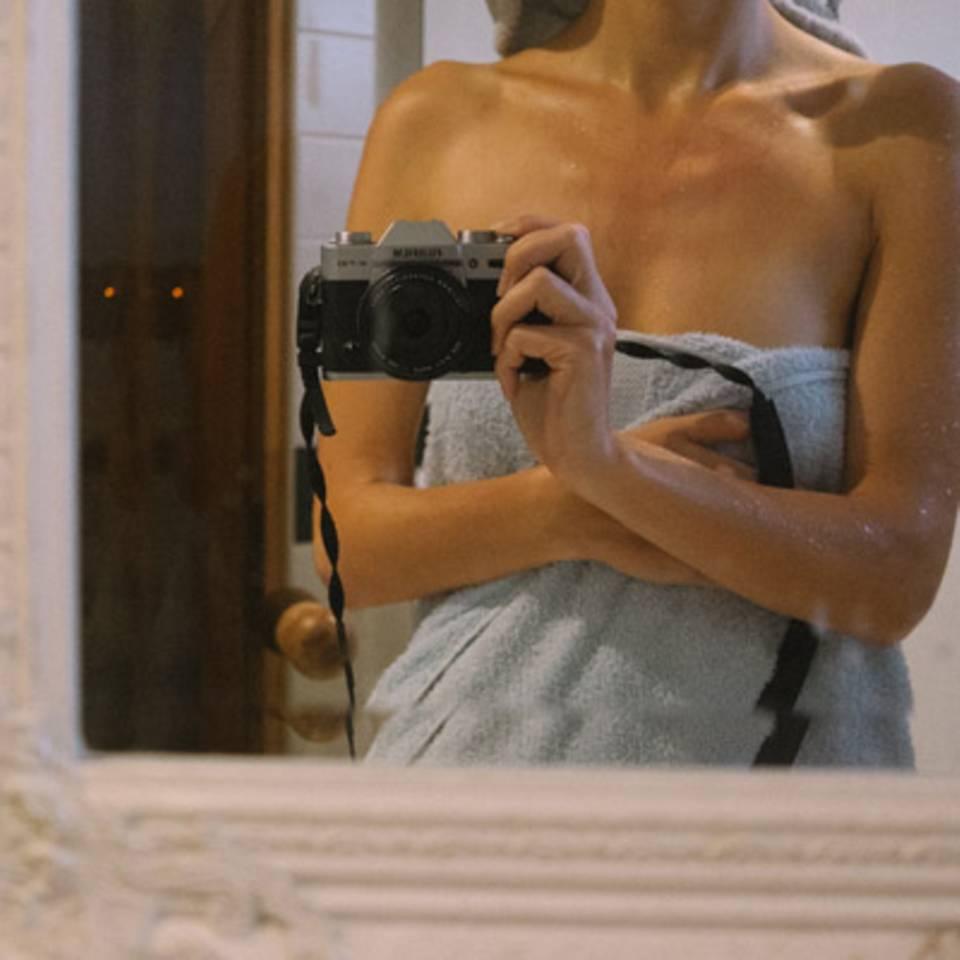 Das Feedback auf ihre Bilder ist meistens positiv - außer bei ein paar Menschen, die gesagt haben, dass ein professioneller Fotograf besser gewesen wäre. Liisa Luts kann beide Seiten verstehen, aber freut sich, dass sie sich für diesen Weg entschieden hat.