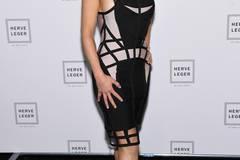 Auch die Schauspielerin Michelle Rodriguez macht eine tolle Figur im hautengen Bandage-Dress von Hervé Léger.