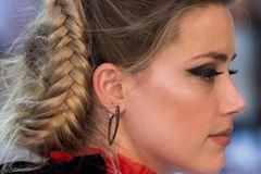 Stars mit Flechtfrisuren: Amber Heard