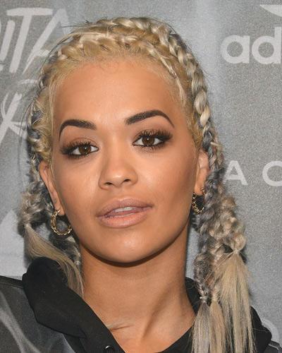 Stars mit Flechtfrisuren: Rita Ora