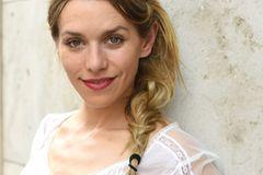 Stars mit Flechtfrisuren: Julia Dietze