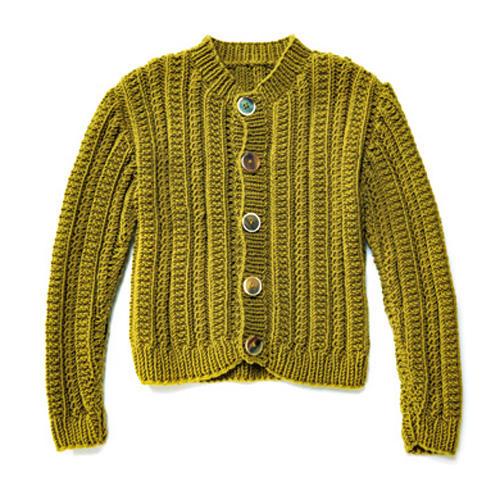 Strickjäckchen für die kleine stilbewusste Dame im Herbst. Zur Strickanleitung: Trachtenjäckchen für Kinder stricken