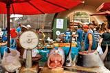 Lust auf Fisch? Auf dem Fischmarkt in Cantania im Westen der Insel ist bestimmt eine Delikatesse für Sie dabei.