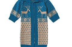Der Mantel mit Elchen (Größe S/M/L) ist ein Jacquard- Schmuckstück - für die vielen Komplimente lohnt sich der Aufwand. Zur Strickanleitung: Norwegermantel mit Elchmotiv stricken