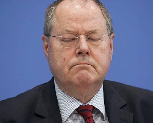 """SPD-Kanzlerkandidat: """"Bevor ich in das Kabinett von Frau Merkel eintreten würde, wäre ich lieber Finanzminister in Griechenland."""""""