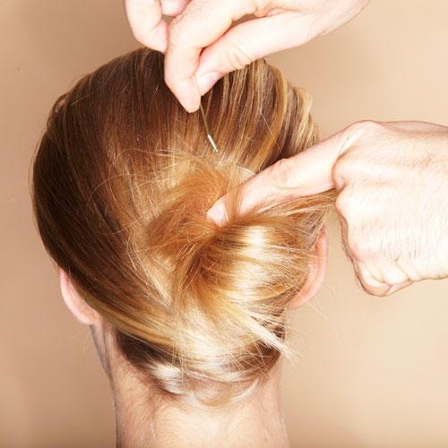 Frisur haare einschlagen