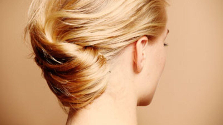 Lange haare hochstecken extrem Haarstyling: Lange