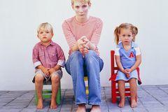 Sätze, die Mütter nicht hören wollen: Mutter mit Kindern