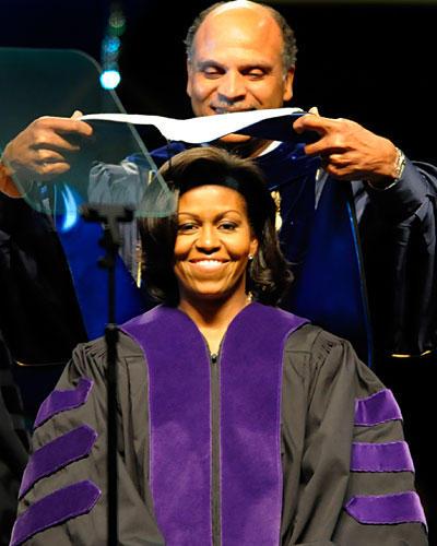 KARRIERE: Michelle Obama