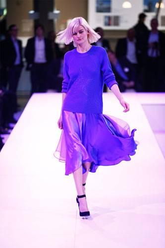 BRIGITTE Fashion Event: Pullover: Rabe Rock: Rosenbaum Schuhe: Deichmann