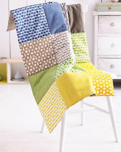 patchworkdecke n hen anleitung zum nachmachen. Black Bedroom Furniture Sets. Home Design Ideas
