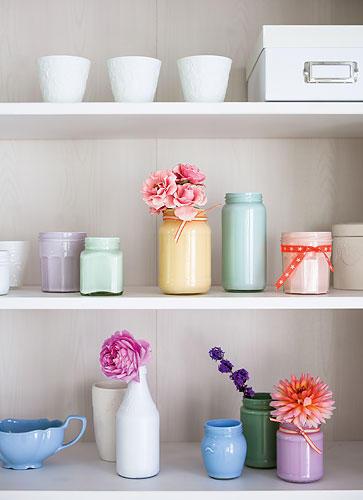 Vasen aus Einmachgläsern