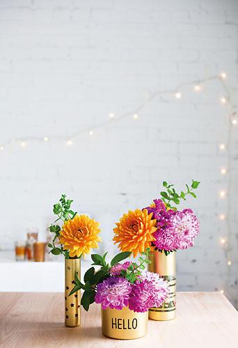 dekorieren wohnen mit blumen ein strau voller ideen. Black Bedroom Furniture Sets. Home Design Ideas
