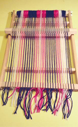 DIYIdeen Schal weben Anleitung mit einem Schulwebrahmen