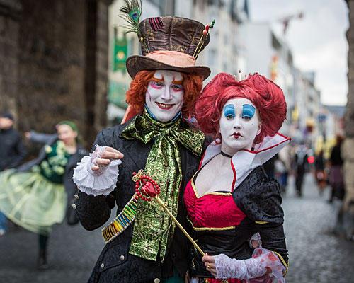 Der verrückte Hutmacher und die Herzkönigin