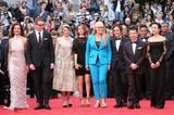 Tada! Die Jury der 67. Filmfestspiele. Diese neun entscheiden, wer die Goldene Palme dieses Jahr erhalten wird: Carole Bouquet, Nicolas Winding Refn, Leila Hatami, Sofia Coppola, Jane Campion (Vorsitzende), Gael García Bernal, Jia Zhangke, Jeon Do Yeon, Willem Dafoe (nicht im Bild).