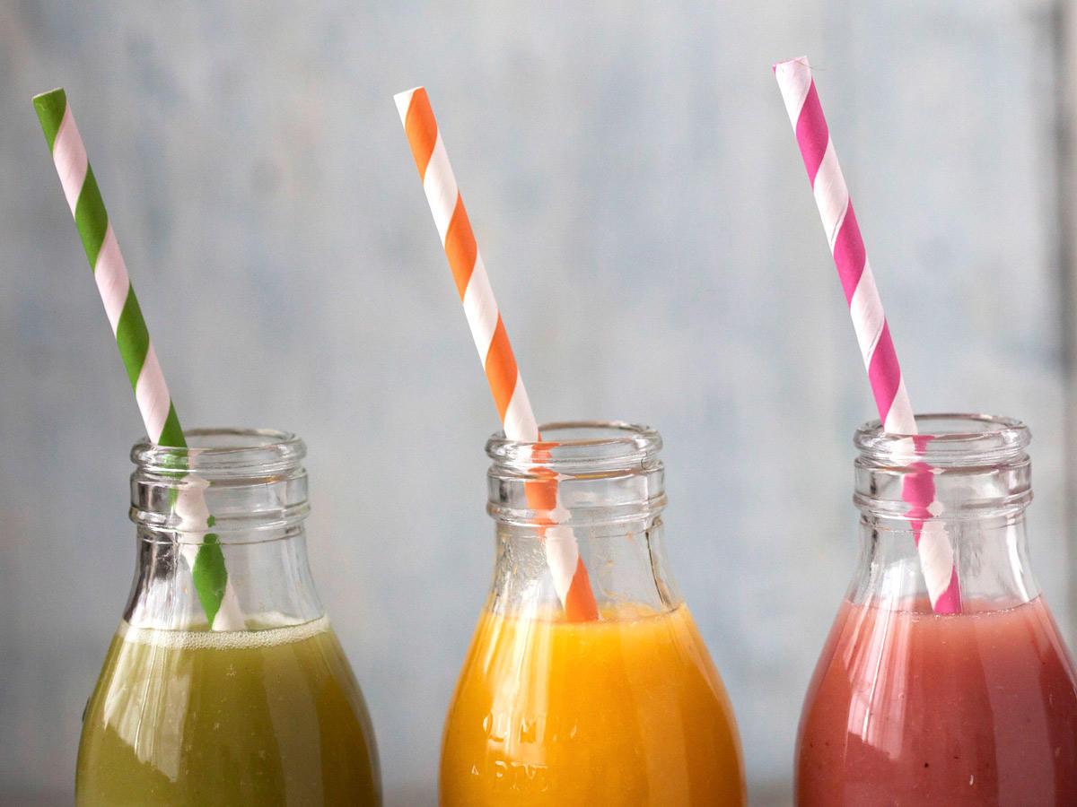 Getränke-Duell: Wo stecken weniger Kalorien drin?