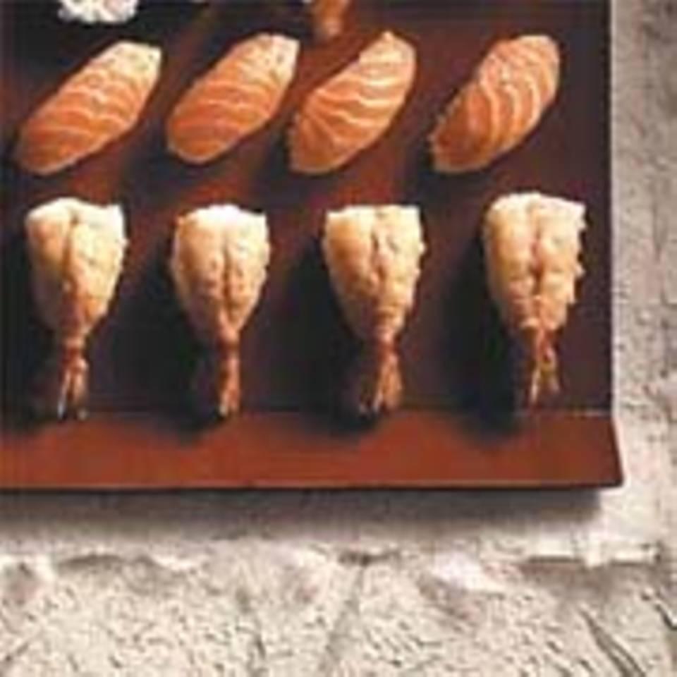 Garnelen- und Lachs-Sushi