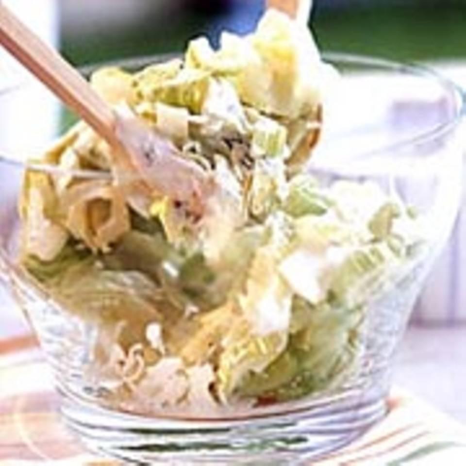 Eisbergsalat mit Melone und gebratenem Rinderfilet