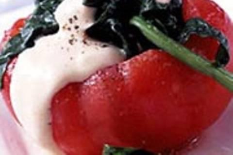 Gefüllte Tomaten mit Tomaten-Sabayon