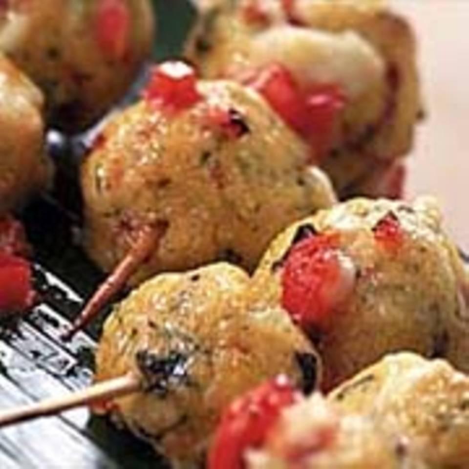 Polenta-Spieße mit Tomatensoße