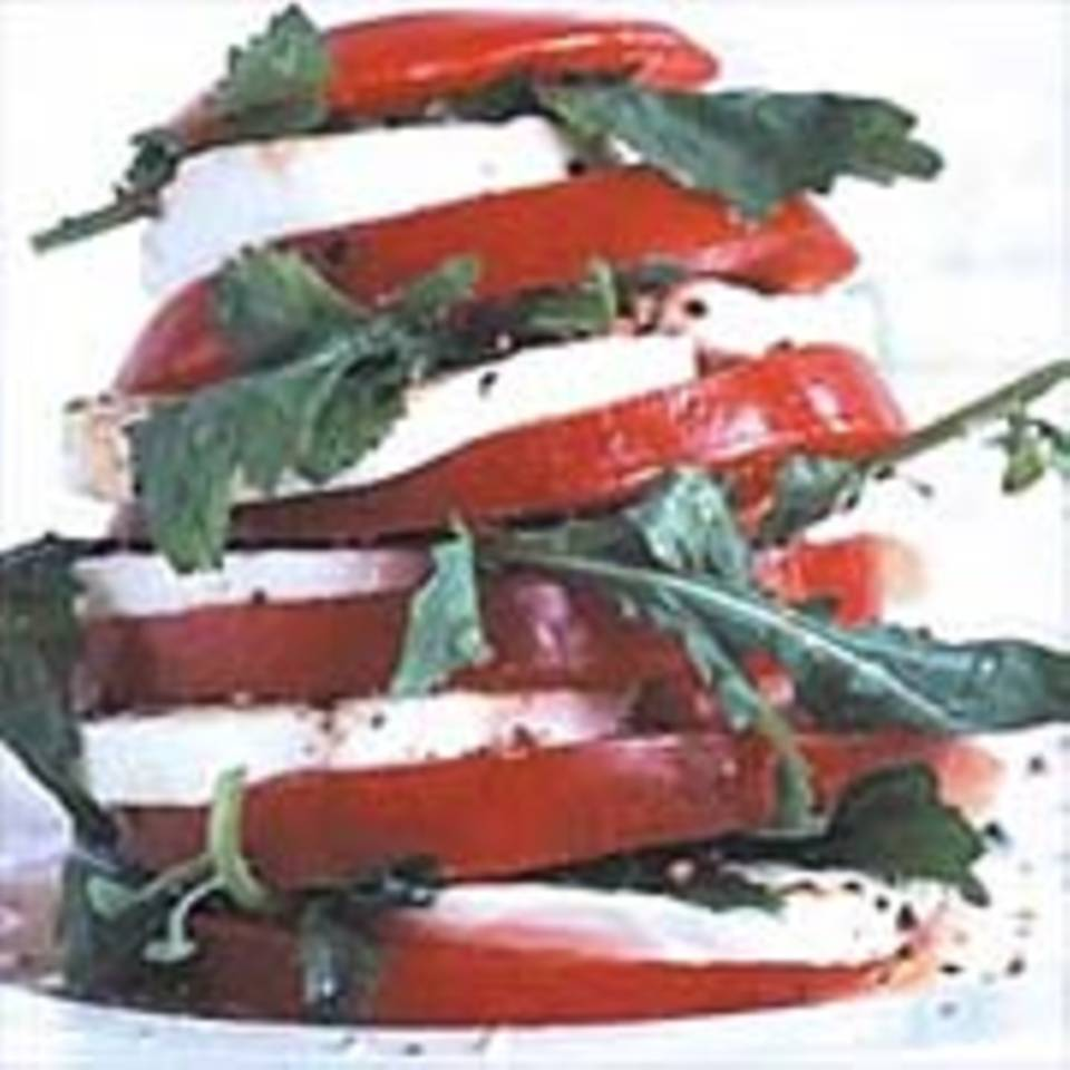 Tomaten mit Rauke und Mozzarella