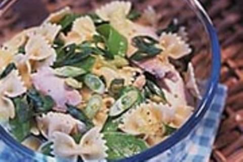 Geflügelsalat mit Zuckerschoten