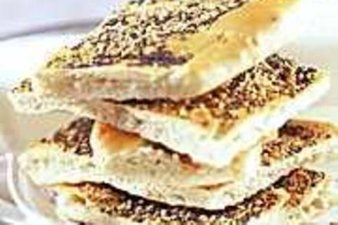 Brot mit Sesam und Mohn