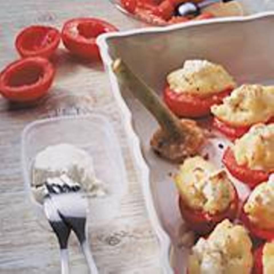 Tomaten mit Kartoffel-Knoblauch-Füllung