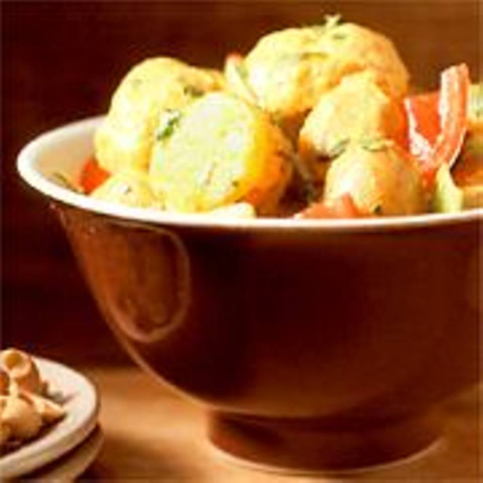 Kartoffelcurry mit Blumenkohl und Sojacreme