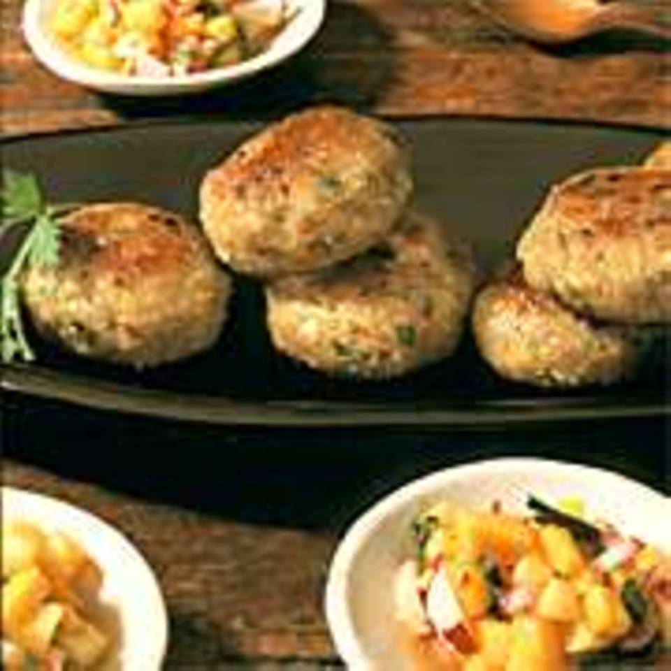 Kartoffel-Grünkern-Frikadellen mit Ananas-Salsa