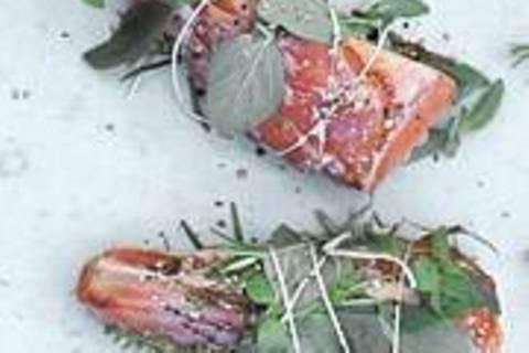 Lammhaxen im Kräutermantel