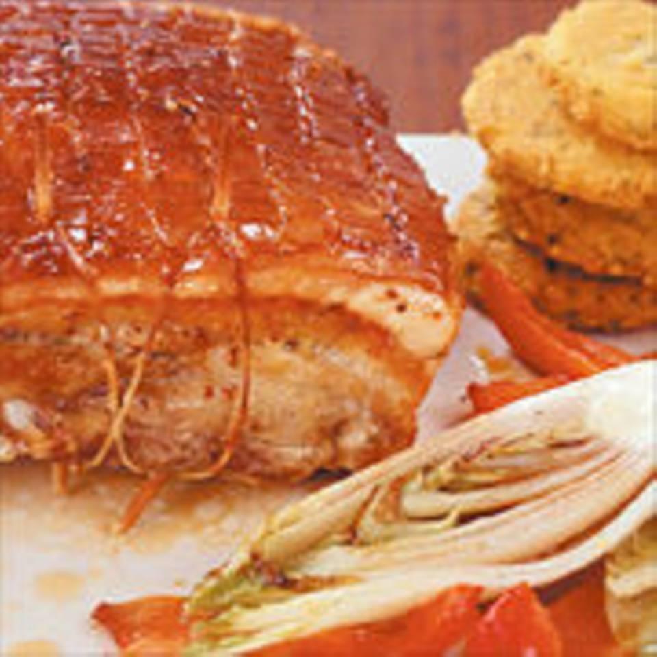 Gebratener Schweinebauch mit Polenta-Küchlein