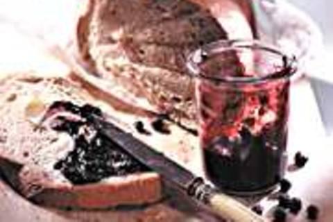 Heidelbeergelee mit Wacholder und Gin