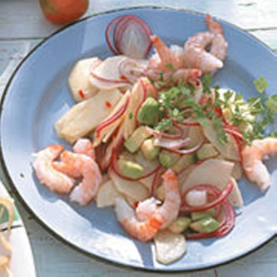 Apfel-Avocado-Salat mit Garnelen