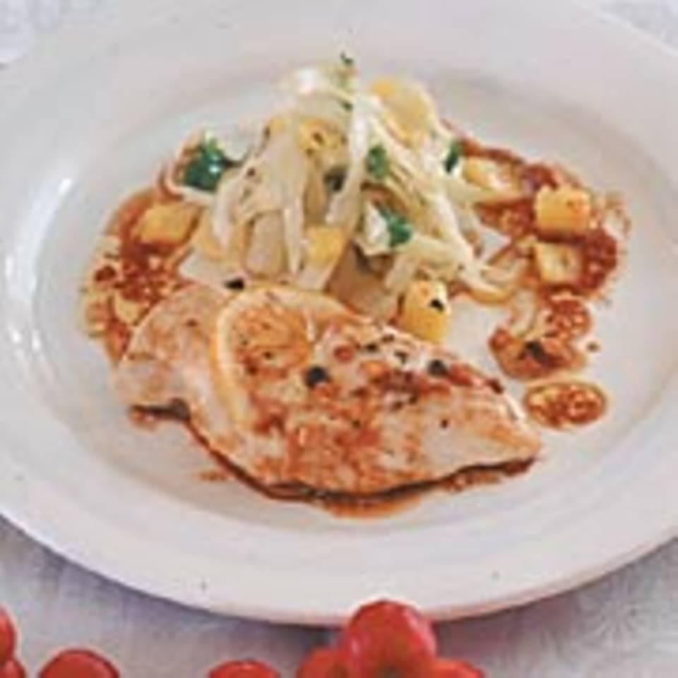 Hähnchenbrustfilet mit Kohl-Ananas-Gemüse