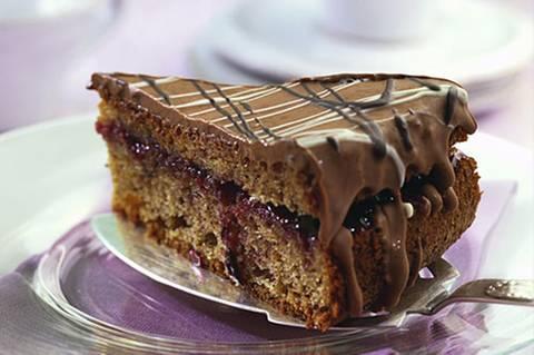 schoko-nuss-torte.jpg