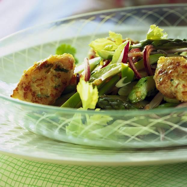 spargelsalat nach lea linster beliebte eezepte f r n tzliche salate. Black Bedroom Furniture Sets. Home Design Ideas