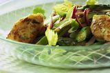 Spargelsalat mit Garnelenbällchen
