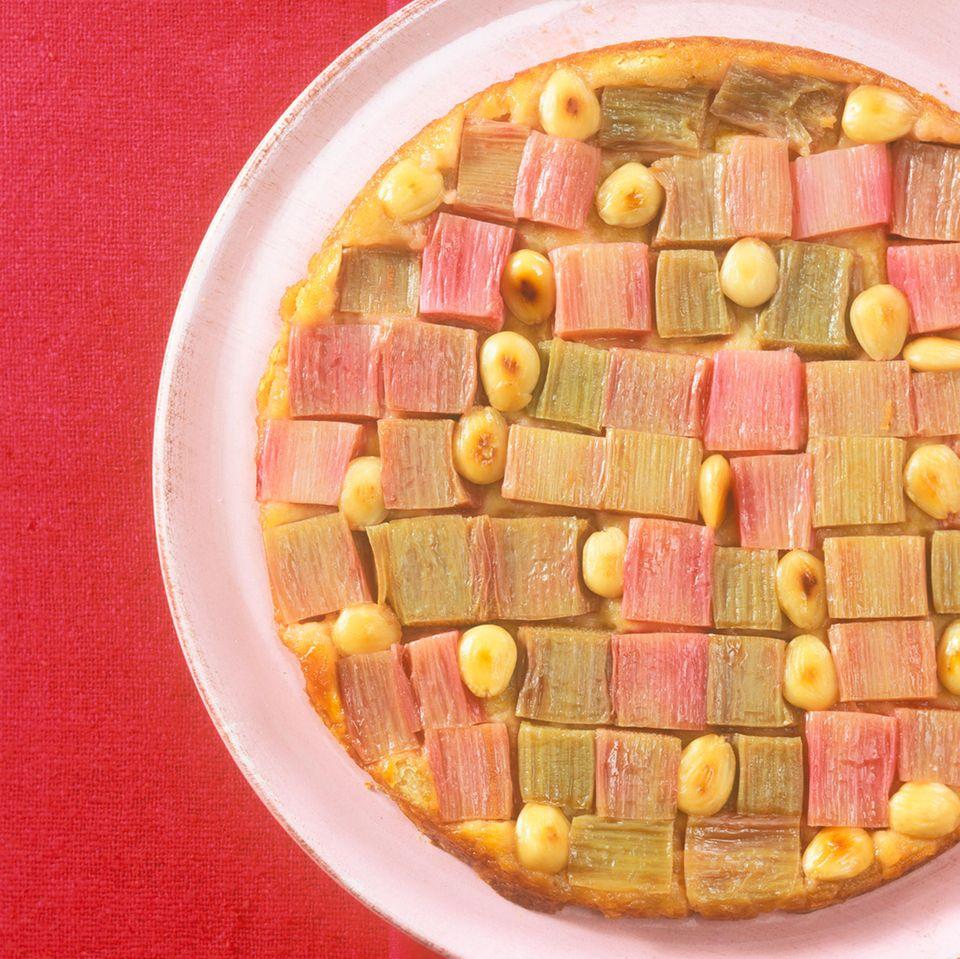 Rhabarberkuchen mit Mandeln
