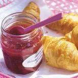 marmeladerhabarber-himbeer-erdbeer-mit-vanille-und-pernod-500.jpg