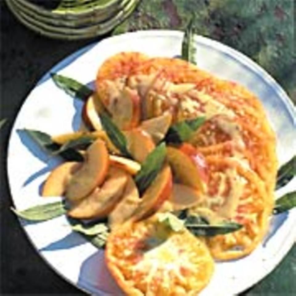 Tomaten-Pfirsich-Carpaccio
