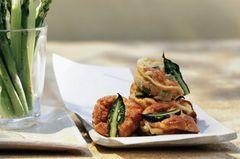 Kleine Spargelomeletts aus der Muffinform