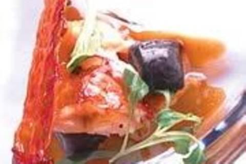 Hummer mit Tintenfischgnocchi und Kaninchenragout
