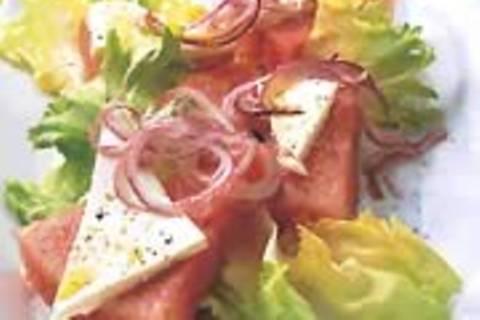 Schafkäse-Endivien-Salat mit Wassermelone