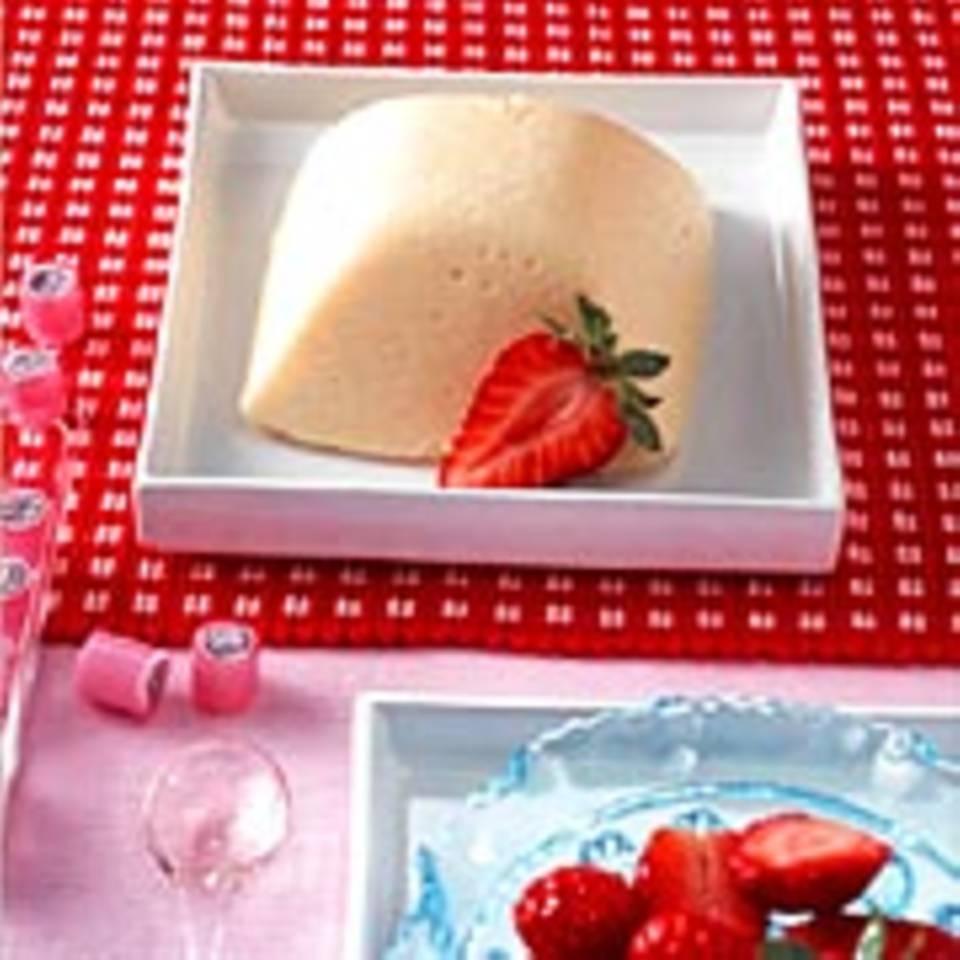 Grießflammeri mit Erdbeeren