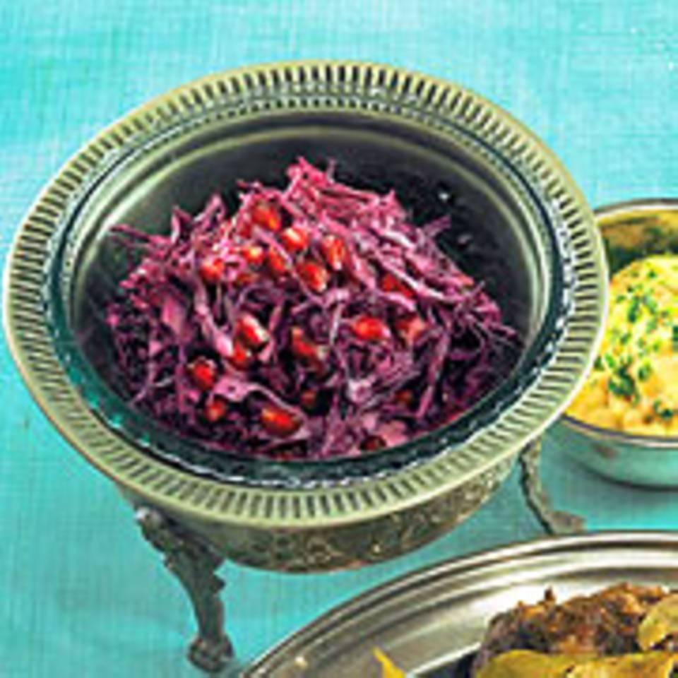 Rotkohlsalat mit Granatapfel
