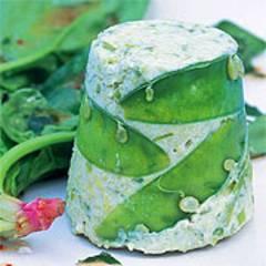 Erbsenmousse mit Spinatsalat