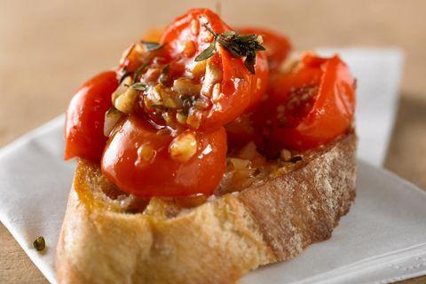 Bruschetta mit gerösteten Tomaten